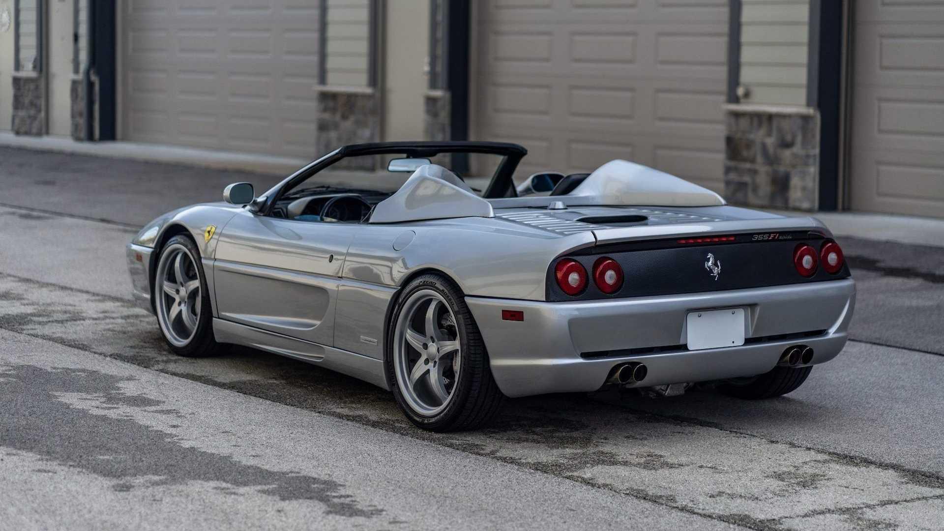 Shaquille O'Neal's 1998 Ferrari F355 Spider