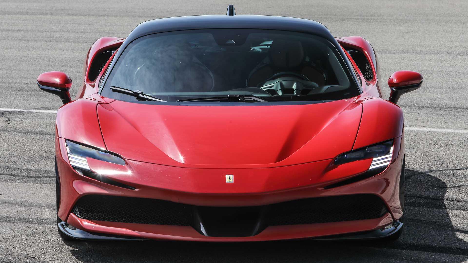 Ferrari SF90 Stradale, the test